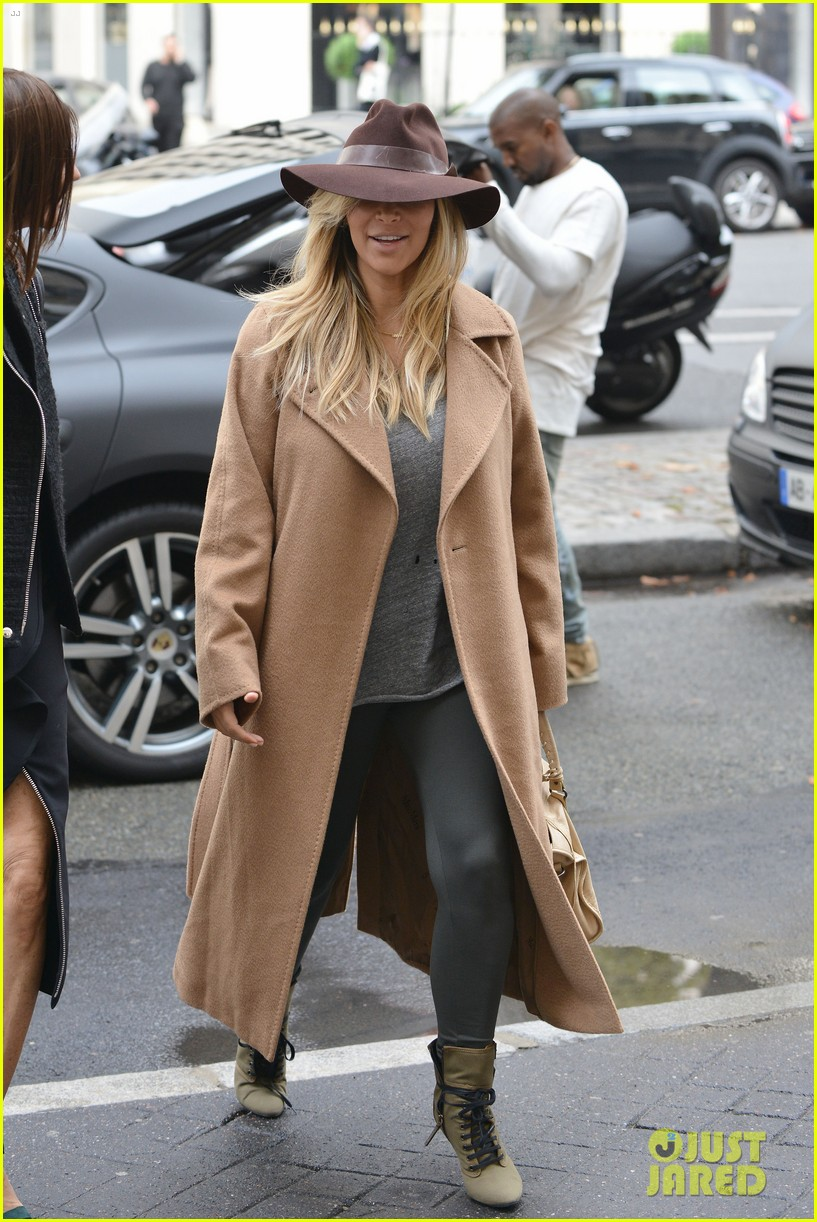 kim kardashian kanye west step out together in paris 072961529