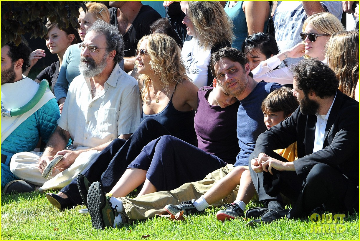 kate hudson zach braff wrap wish i was here 192946881