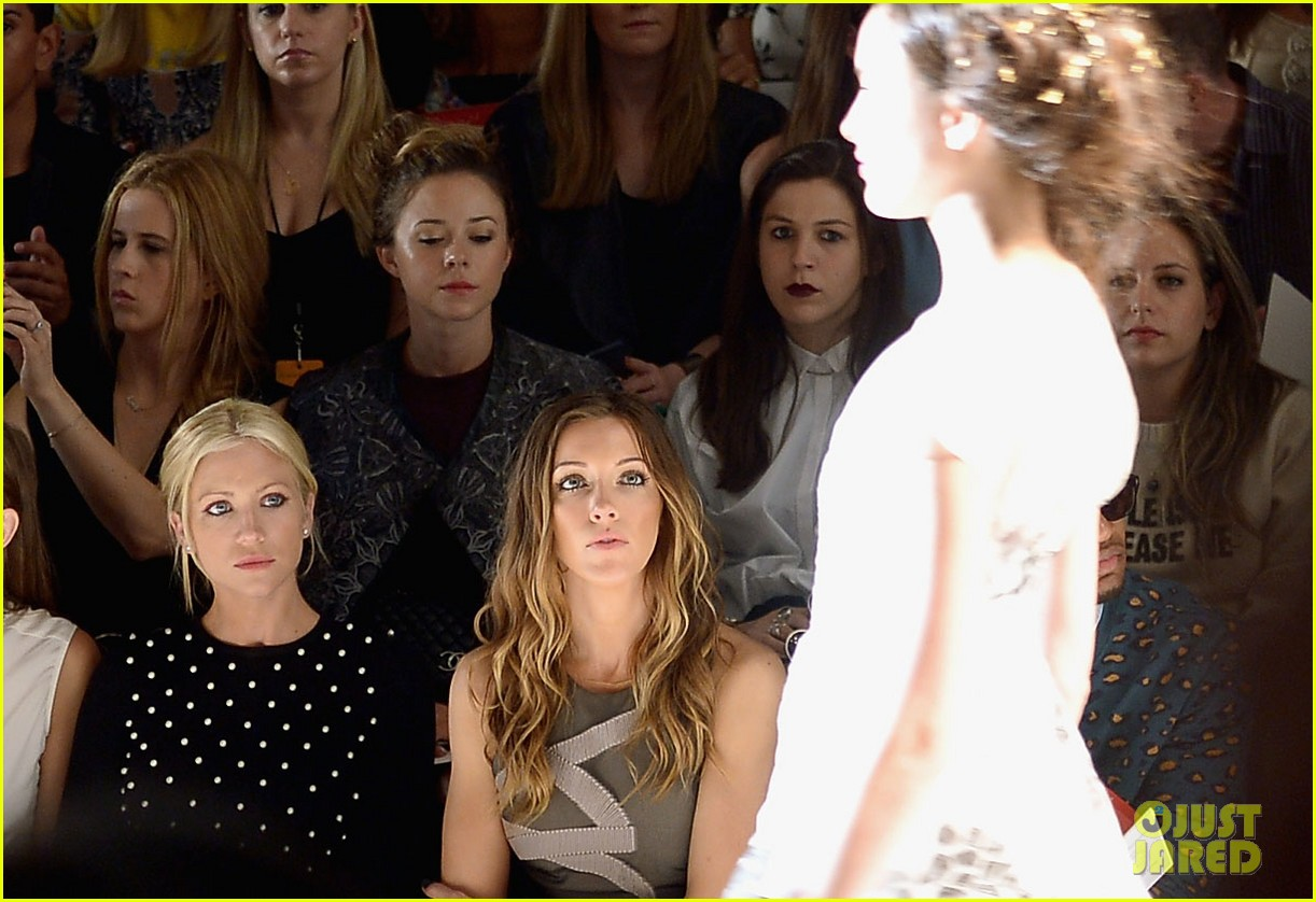 katie cassidy brittany snow front row at lela rose fashion show 09
