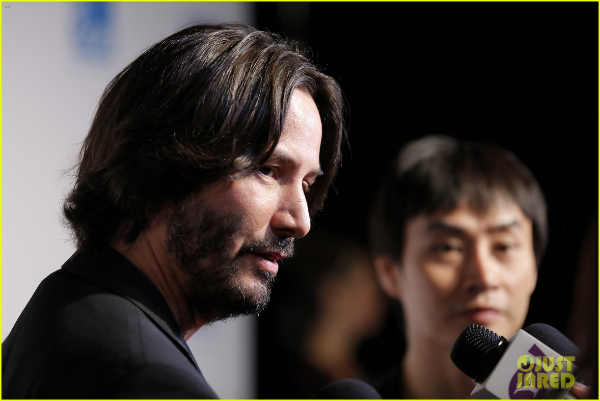taylor kitsch keanu reeves variety entertainment one party 112949359