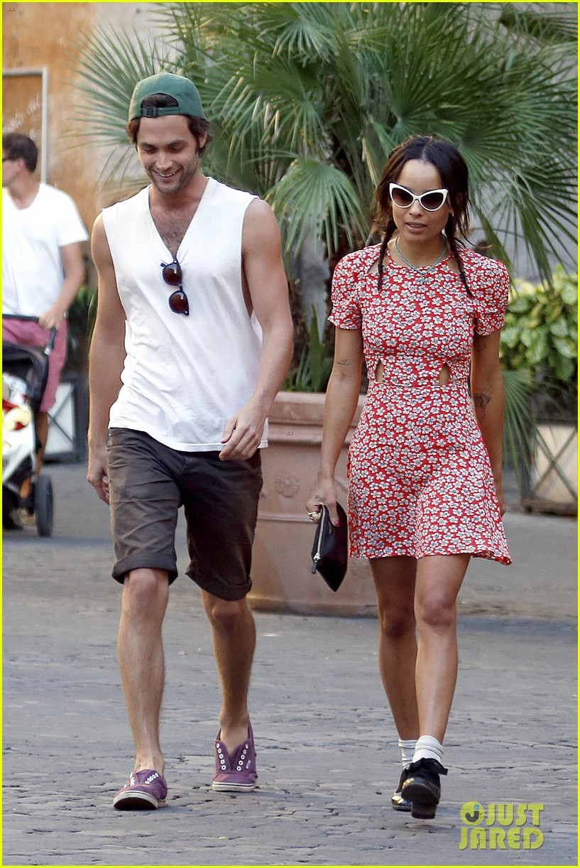 zoe kravitz penn badgley back together in rome 12