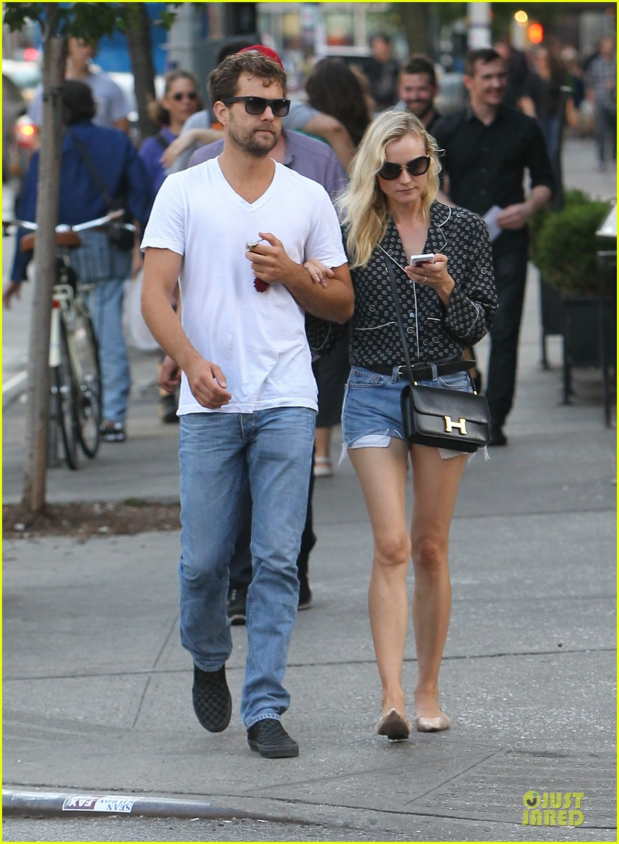 diane kruger joshua jackson hook arms for nyc stroll 142956892