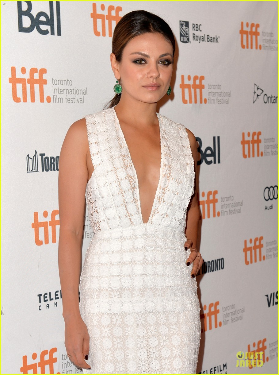 mila kunis olivia wilde third person tiff premiere 062948623