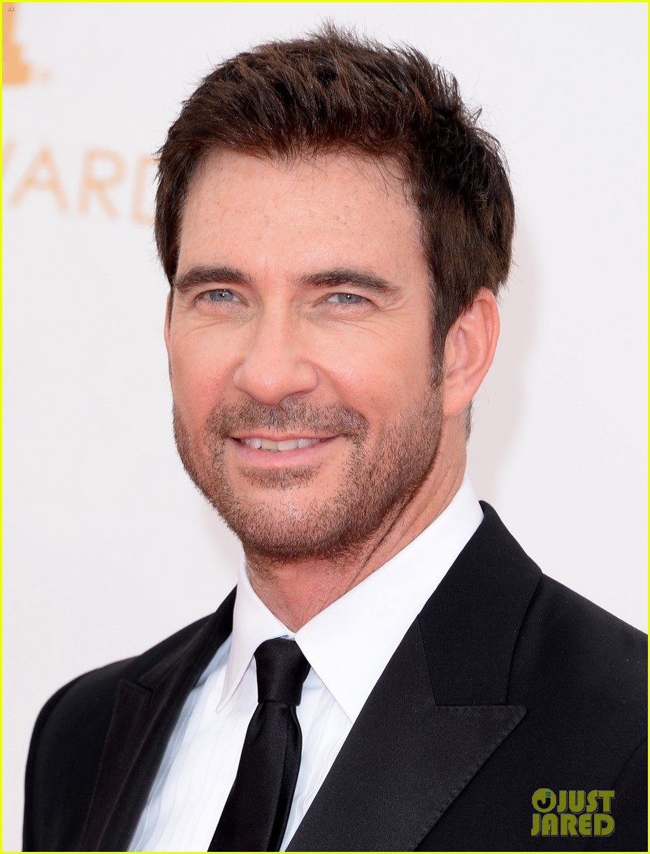 jessica lange dylan mcdermott emmys 2013 red carpet 02