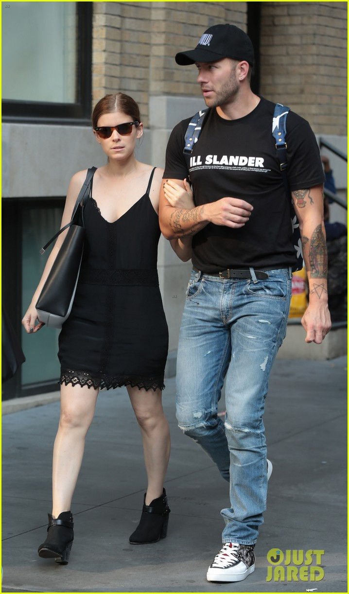 kate mara johnny wujek big apple buddies 042951454