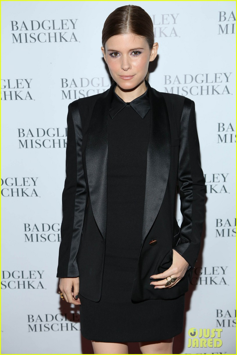 kate mara carly rae jepsen badgley mischka store opening 09