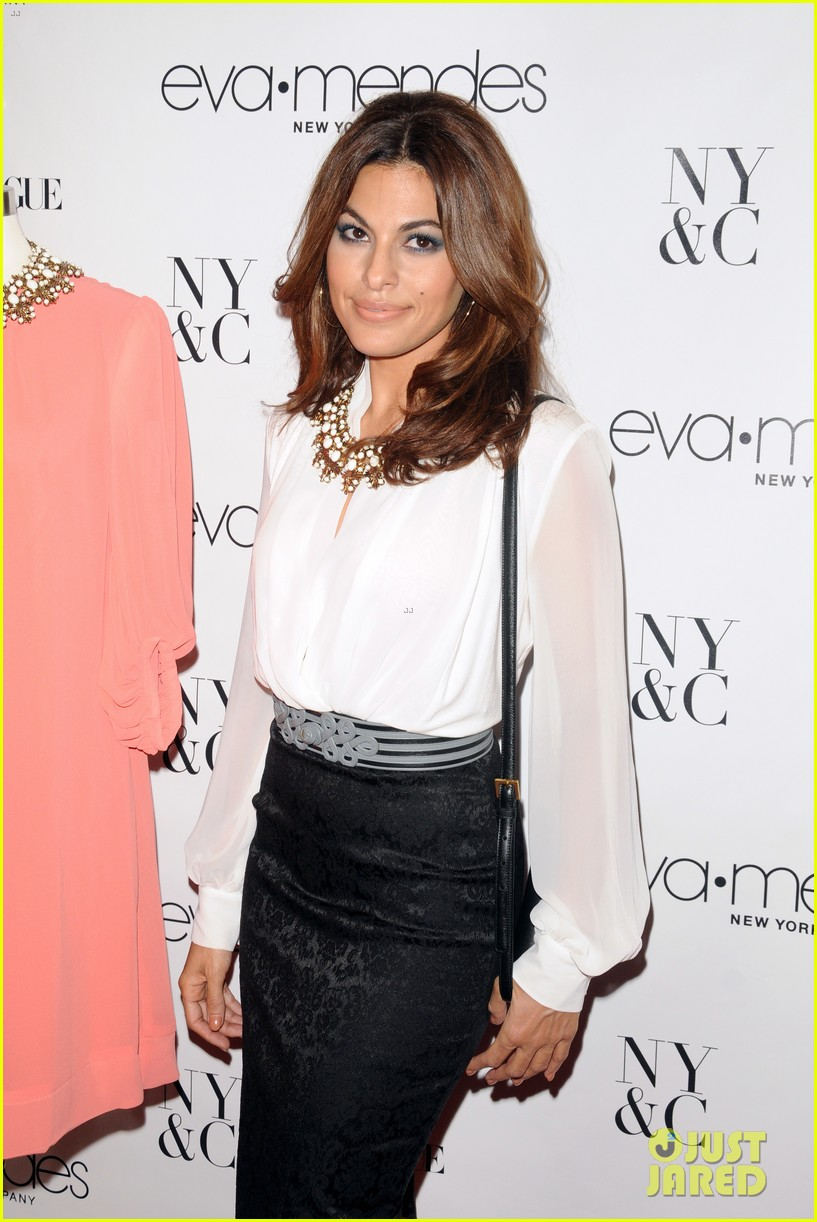 eva mendes launches her new york company clothing line 11