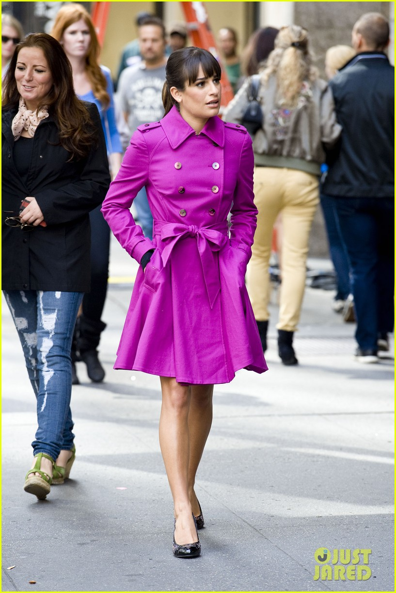 lea michele films glee in new york city first photos 12