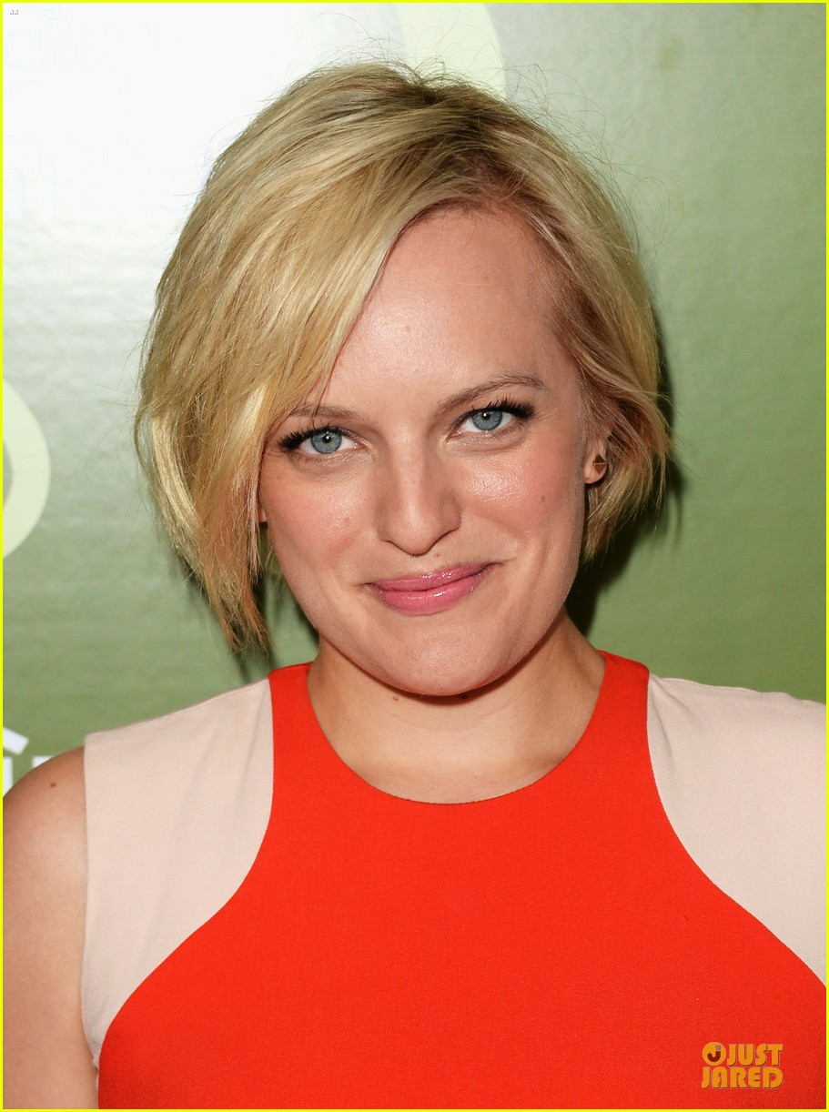 elisabeth moss jessica pare variety pre emmy party 02
