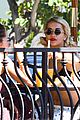 rita ora flaunts abs hangs with older sister elena 08