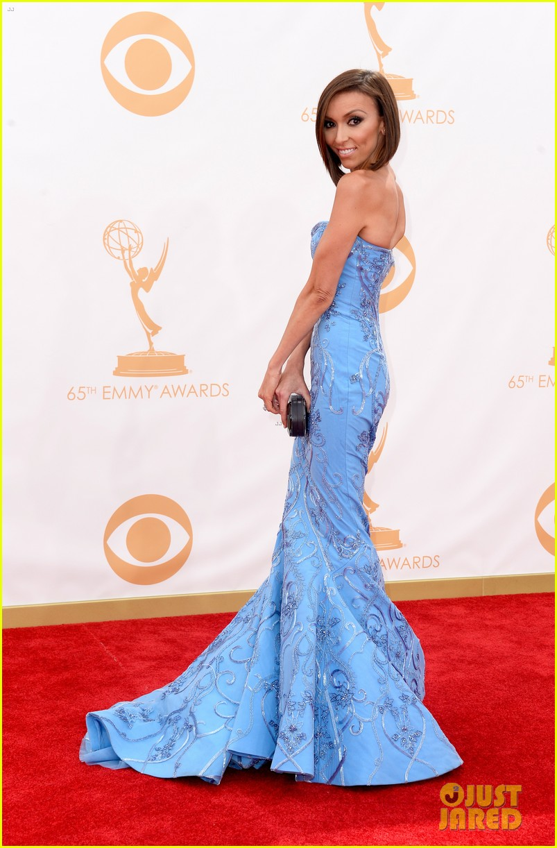 kelly osbourne giuliana rancic emmys 2013 red carpet 082957877