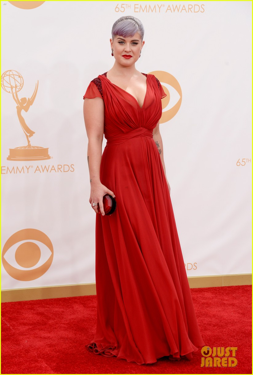 kelly osbourne giuliana rancic emmys 2013 red carpet 11