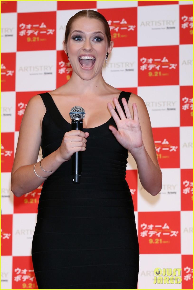 teresa palmer warm bodies japan premiere 08