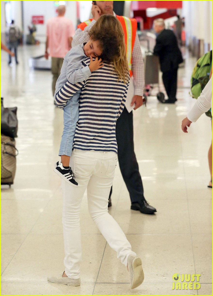 ellen pompeo back to reality after beach vacation 03