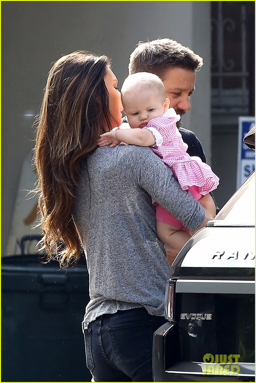 jeremy renner debuts adorable baby ava 102955493