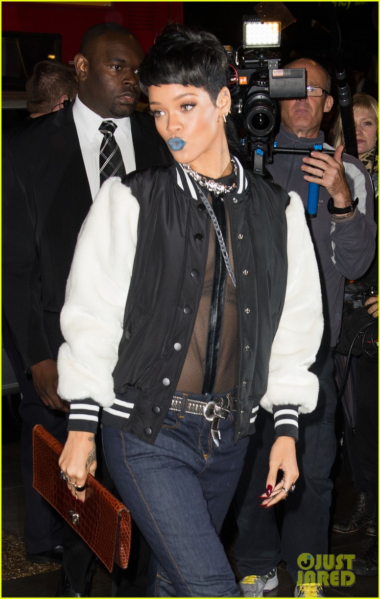rihanna blue lips for river island collection launch 06