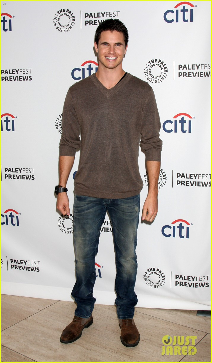 robbie amell the tomorrow people paleyfest previews 2013 03