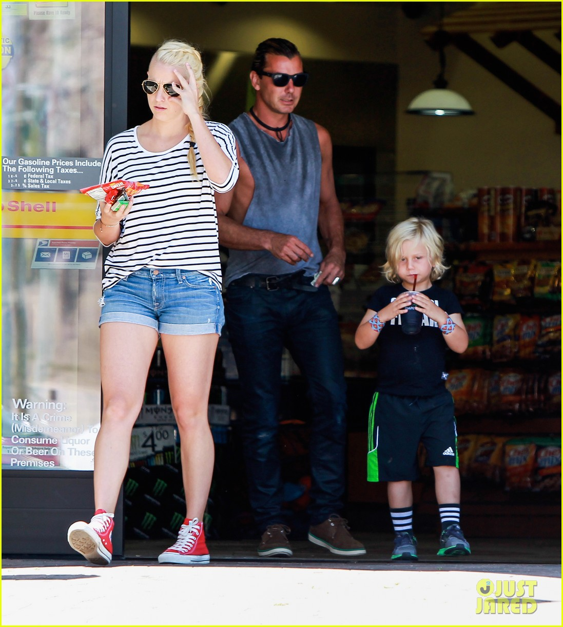 gavin rossdale malibu pit stop with the boys 05