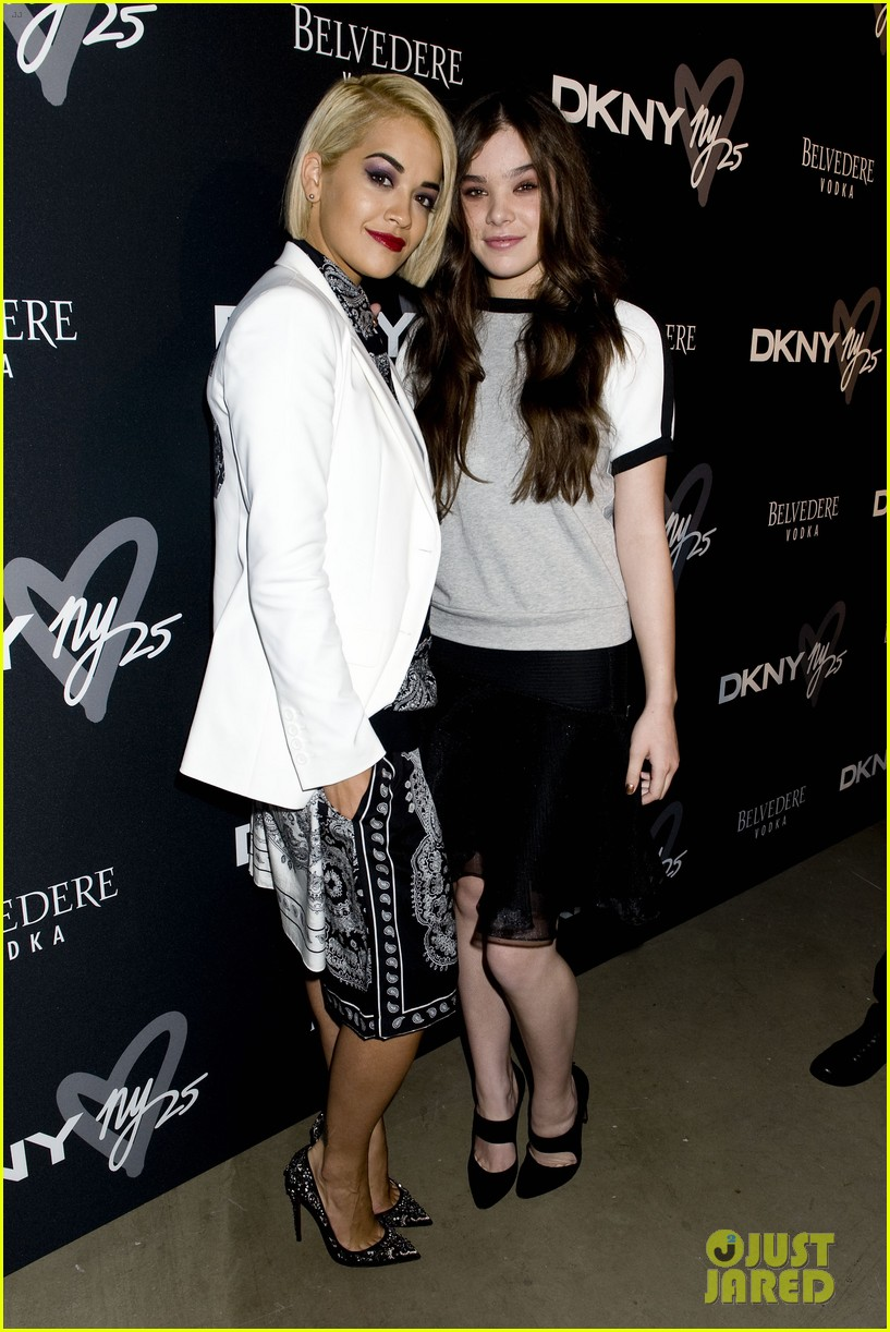 emmy rossum hailee steinfeld dkny party 12