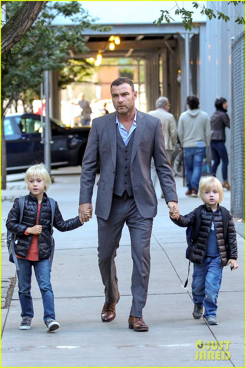 liev schreiber suits up for bike ride with his boys 09