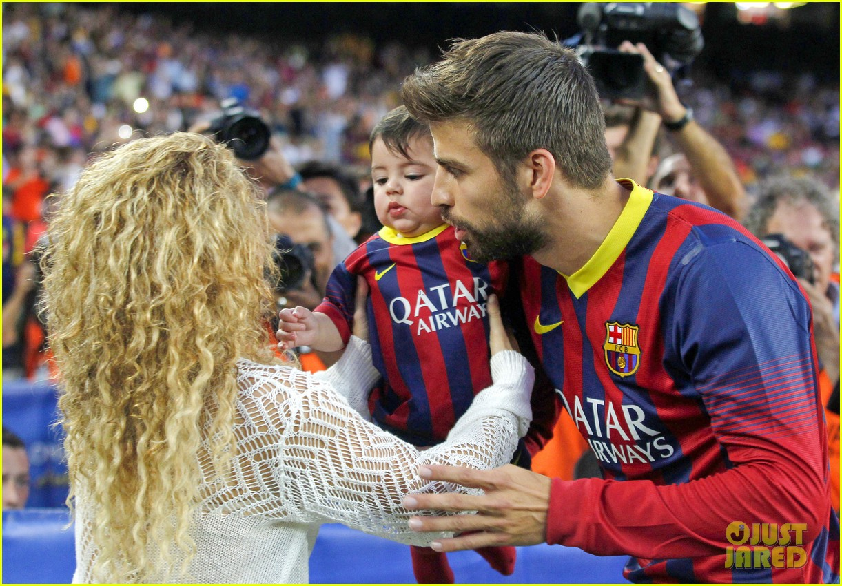 shakira baby milan cheer on gerard pique 022952837
