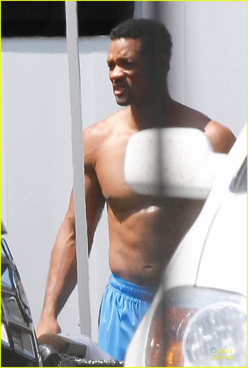 will smith shirtless fighting moves for focus 08