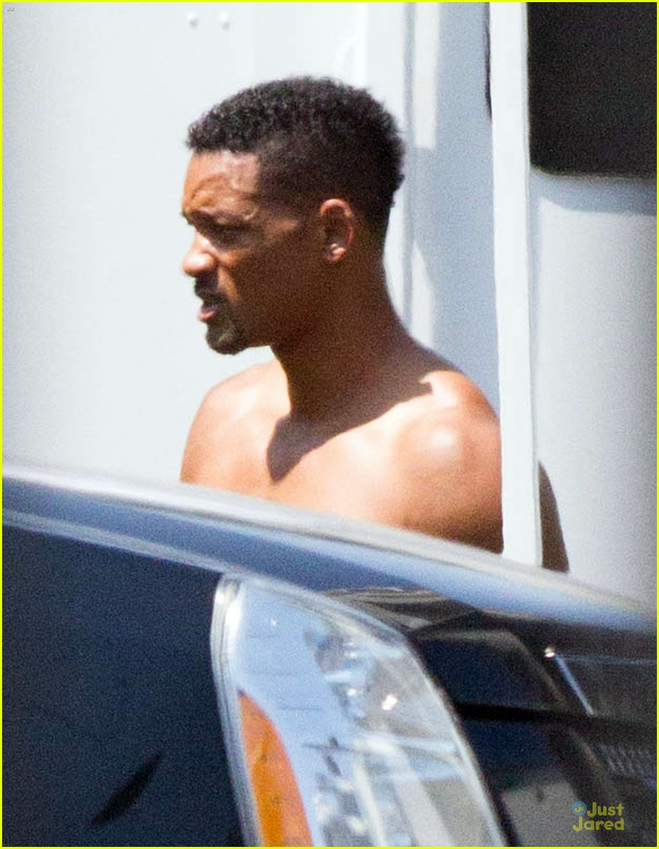 Will smith shirtless fighting moves for focus photo 2951727 will smith shirtless fighting moves for focus photo 2951727 shirtless will smith pictures just jared voltagebd Gallery