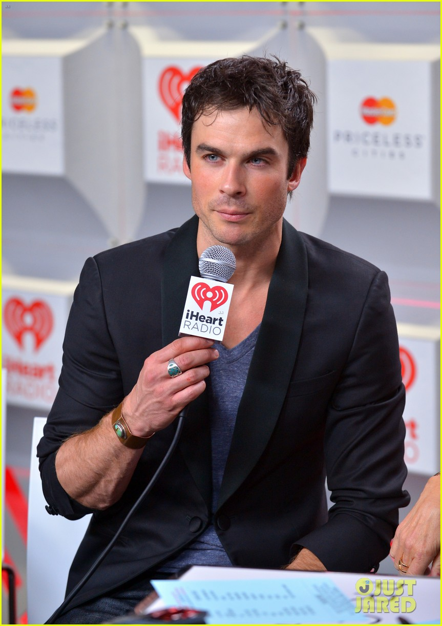 ian somerhalder i heart radio music festival with vampires 082957207