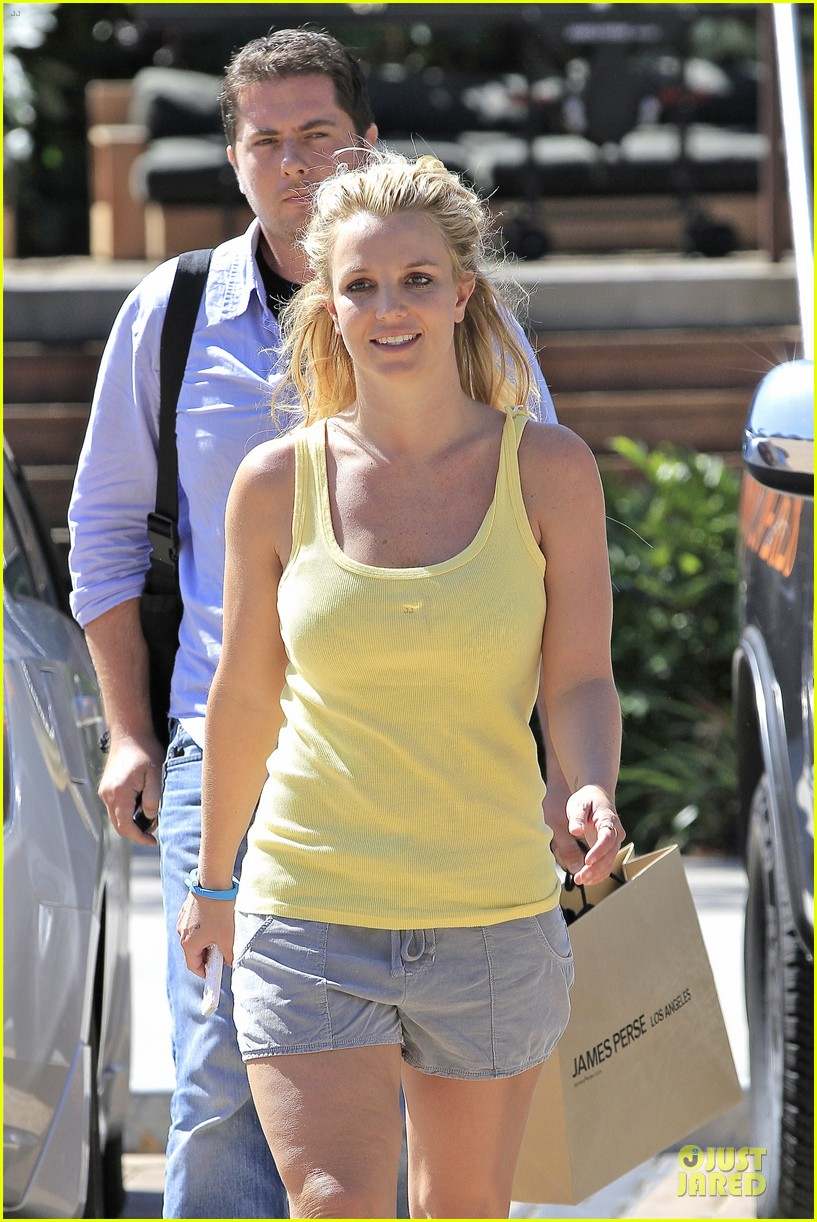 britney spears spreads love after labor day 13