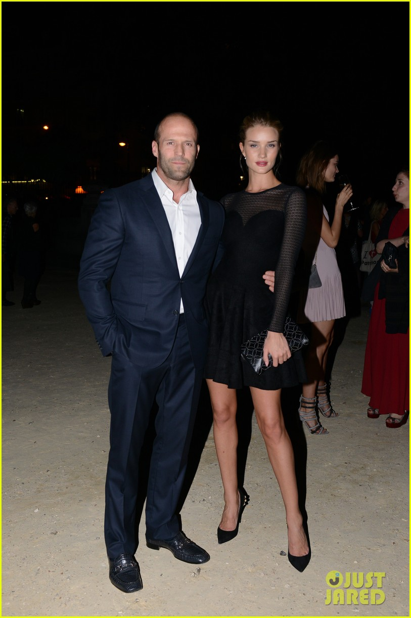 jason statham rosie huntington whiteley azzedine alaia paris fashion show 032959944