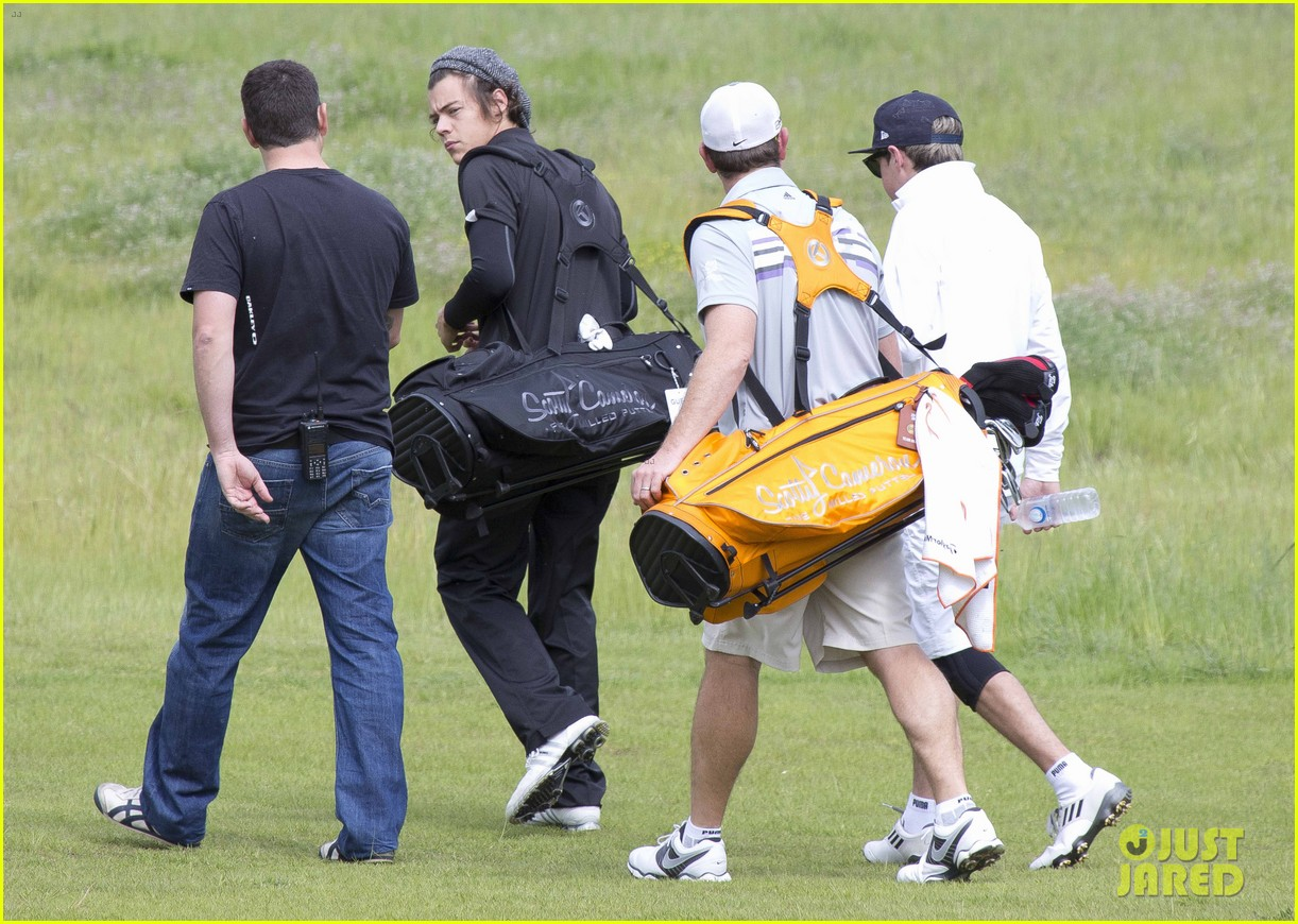harry styles niall horan barossa valley golf club duo 012958567
