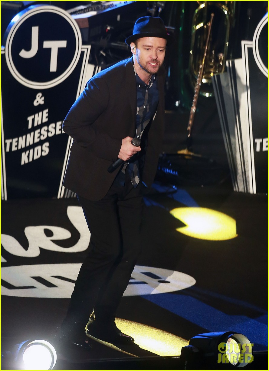justin timberlake performs tko at jimmy kimmel live 01