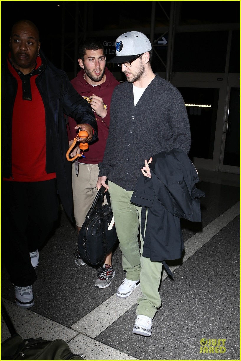 justin timberlake supports memphis grizzlies at lax airport 102961462