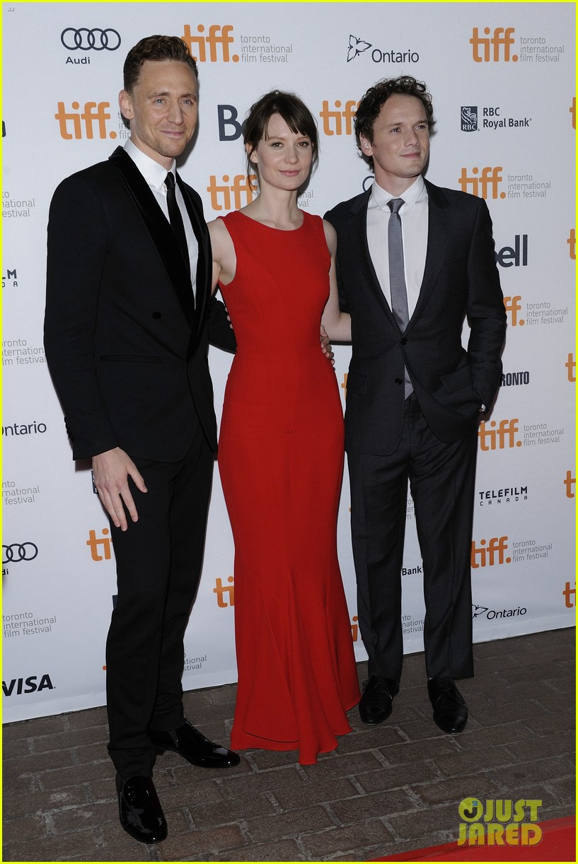 tom hiddleston mia wasikowska only lovers left alive tiff premiere 03