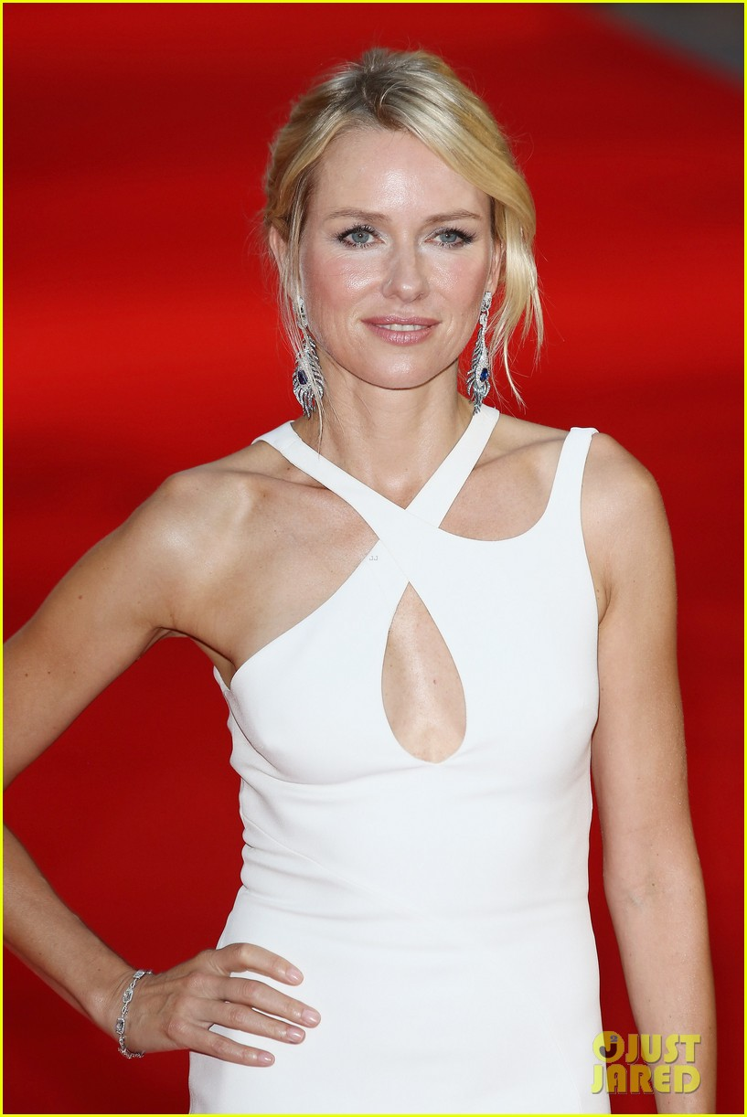 naomi watts diana world premiere with naveen andrews 042944650