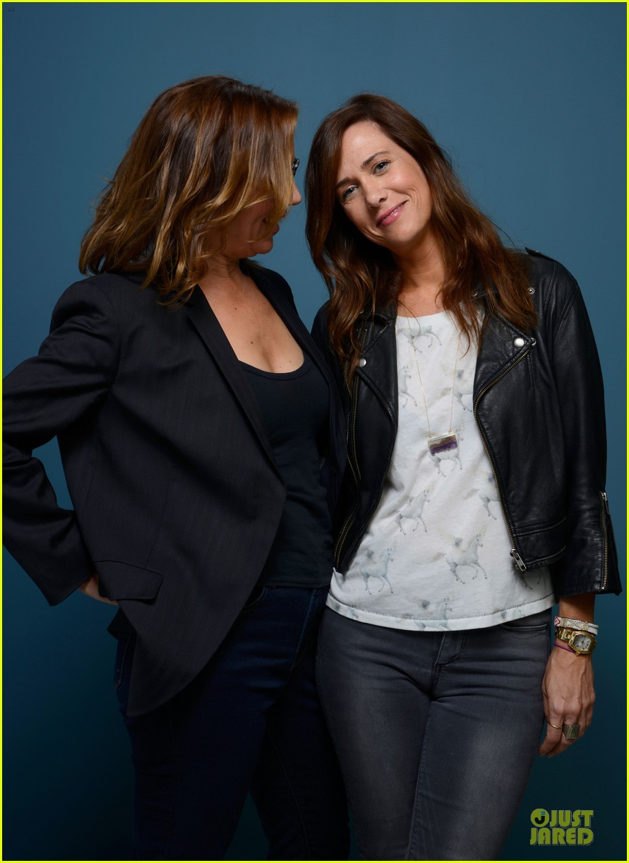 kristen wiig hateship loveship portrait session at tiff 072946032