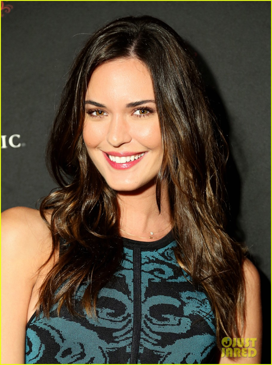 odette annable jamie ching apothic dark wine launch 04