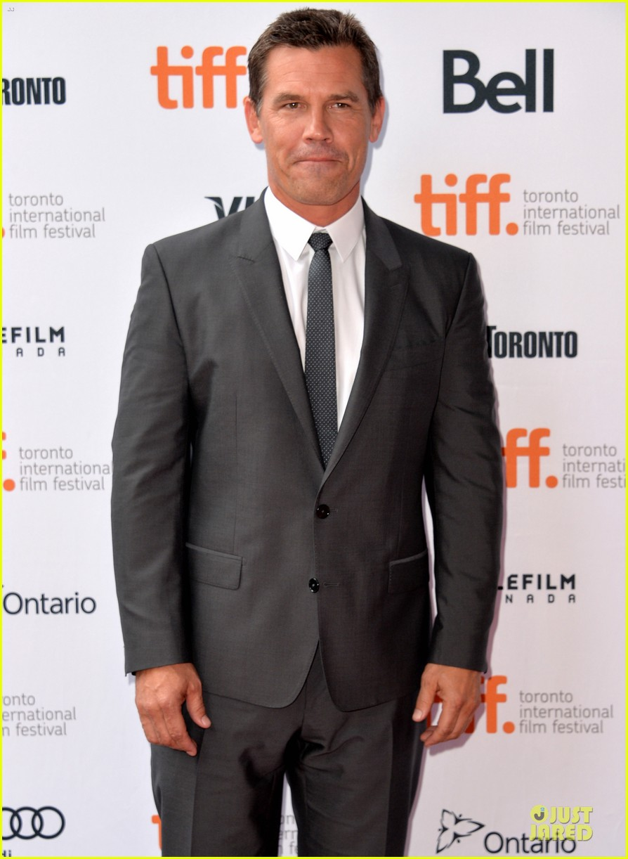 kate winslet josh brolin labor day tiff premiere 132946198
