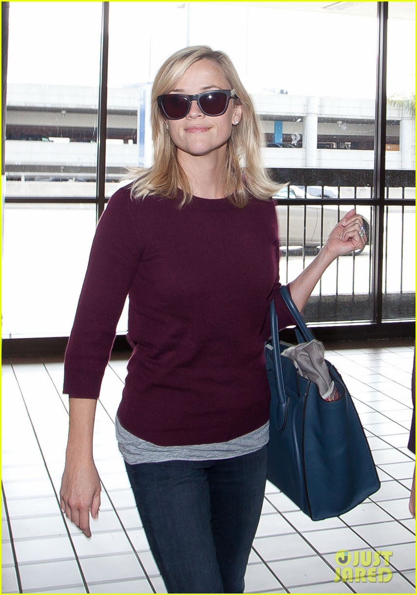 reese witherspoon hits lax after devil's knot tiff premiere 022949099