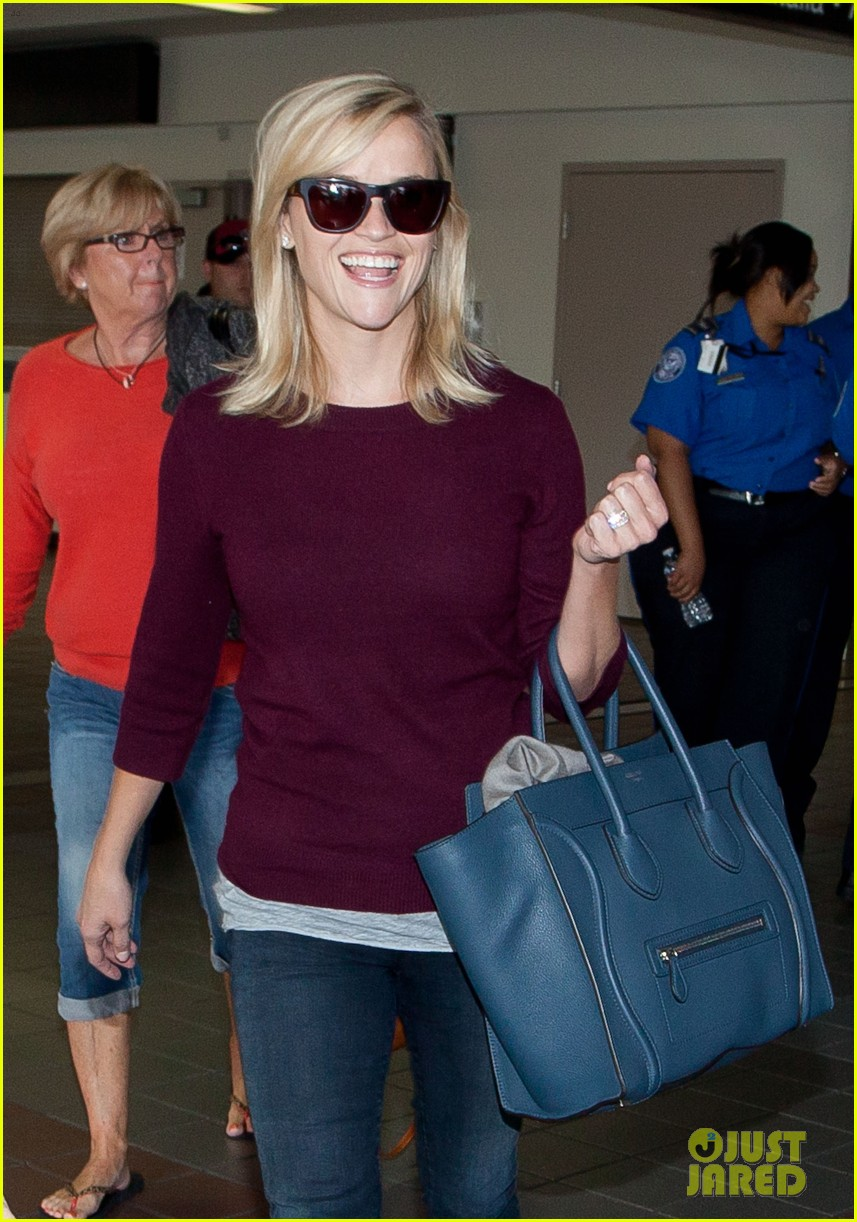 reese witherspoon hits lax after devil's knot tiff premiere 06