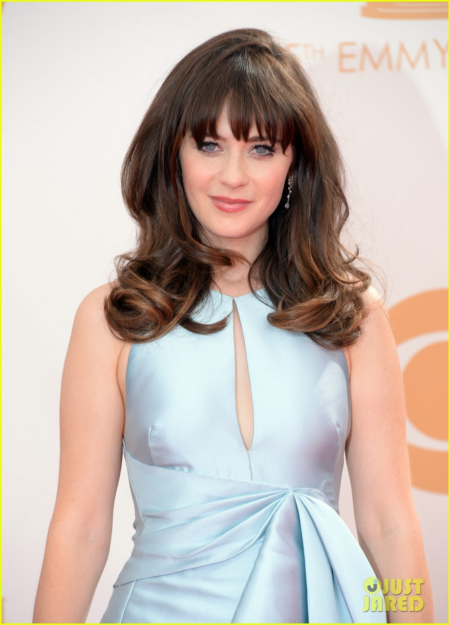 zooey deschanel emmys 2013 red carpet 022957969