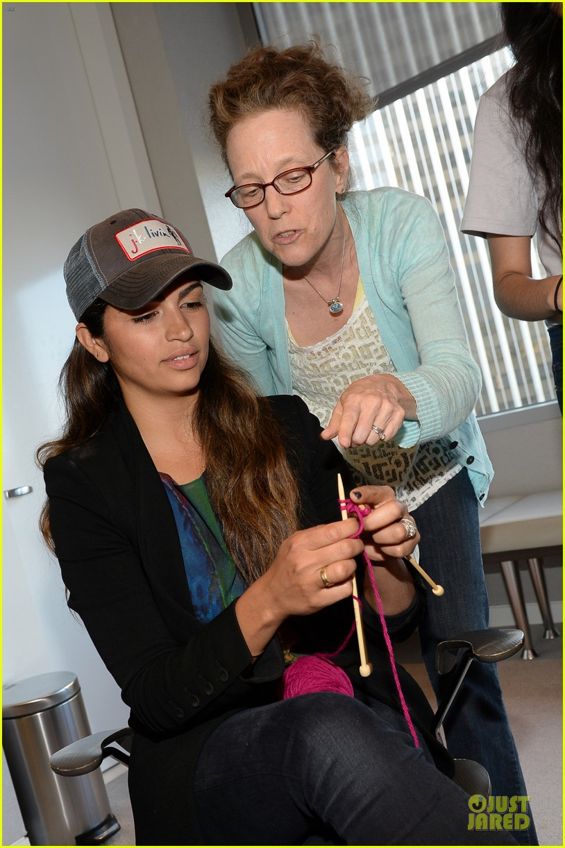 camila alves knits for just keep livin breast cancer awareness 042969235