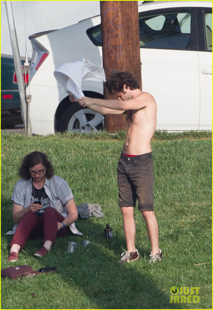 penn badgley goes shirtless in the park 092981734