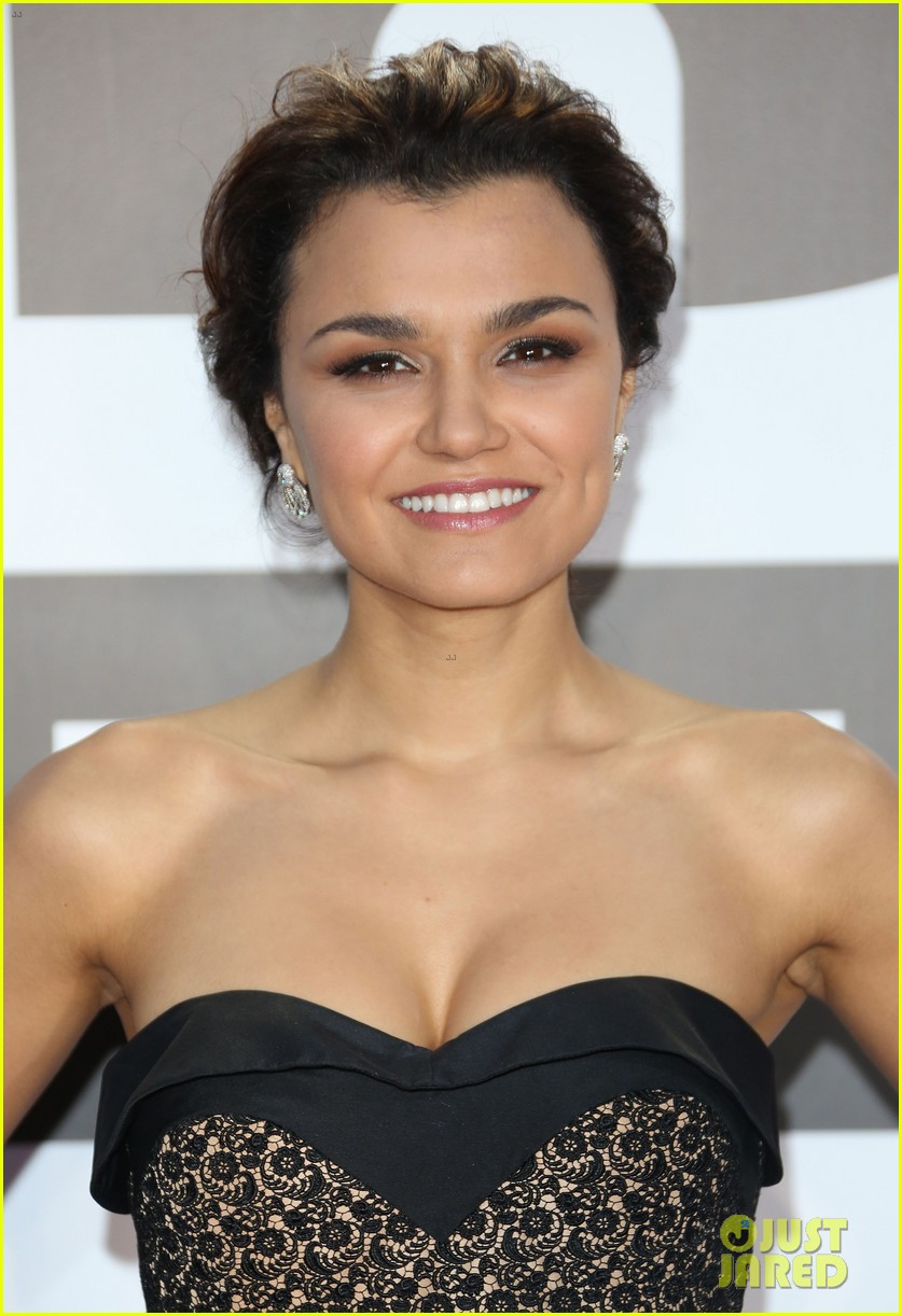samantha barks celebrates birthday at classic brit awards 02