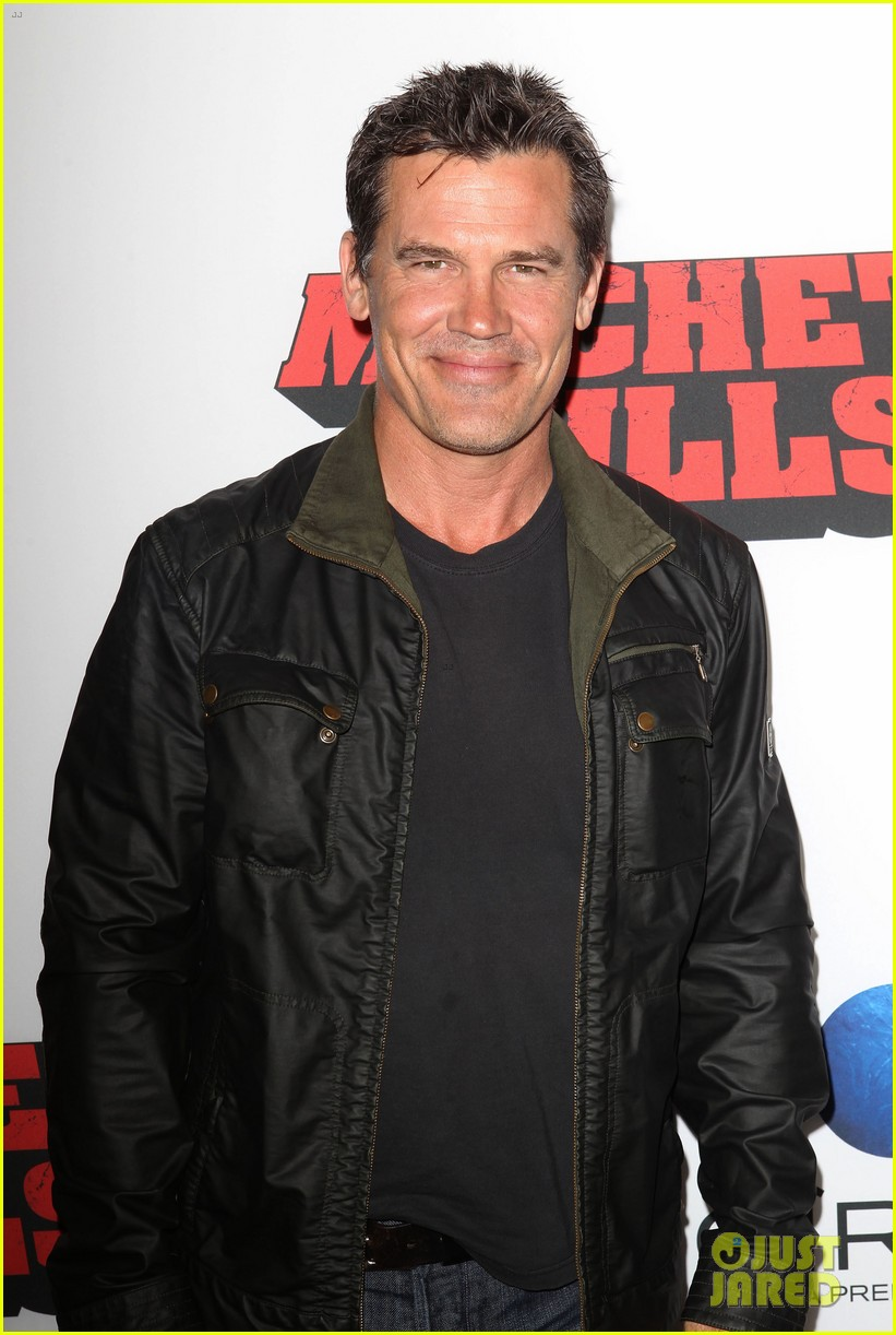 josh brolin works out attends machete kills premiere 17