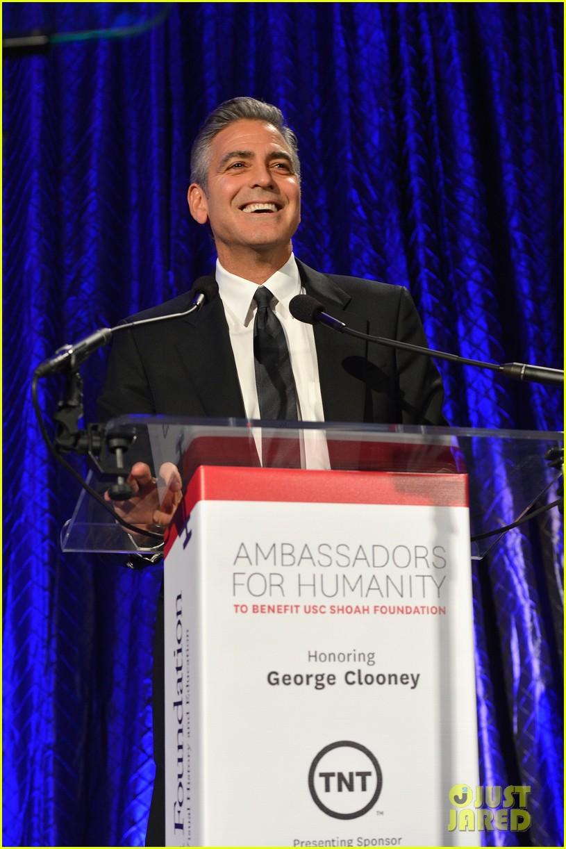 sandra bullock george clooney ambassadors for humanity 03
