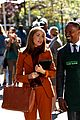 rose byrne bobby cannavale annie set with jamie foxx 08