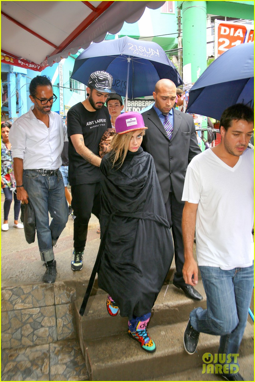 cara delevingne busy week in rio 47