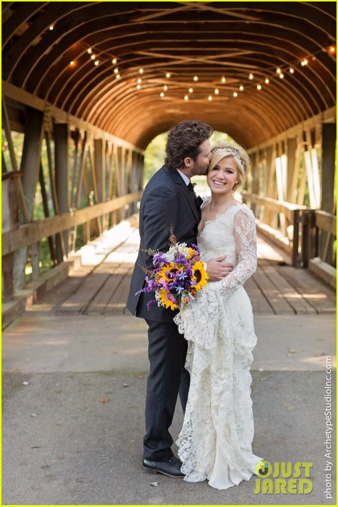 kelly clarkson wedding photos with brandon blackstock 022976385