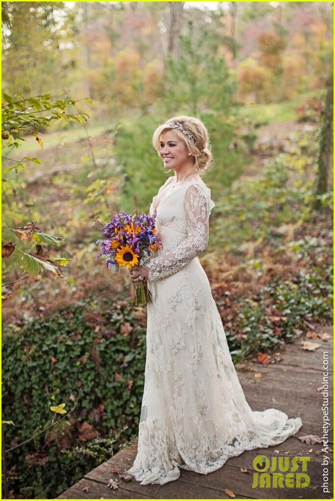 kelly clarkson wedding photos with brandon blackstock 03